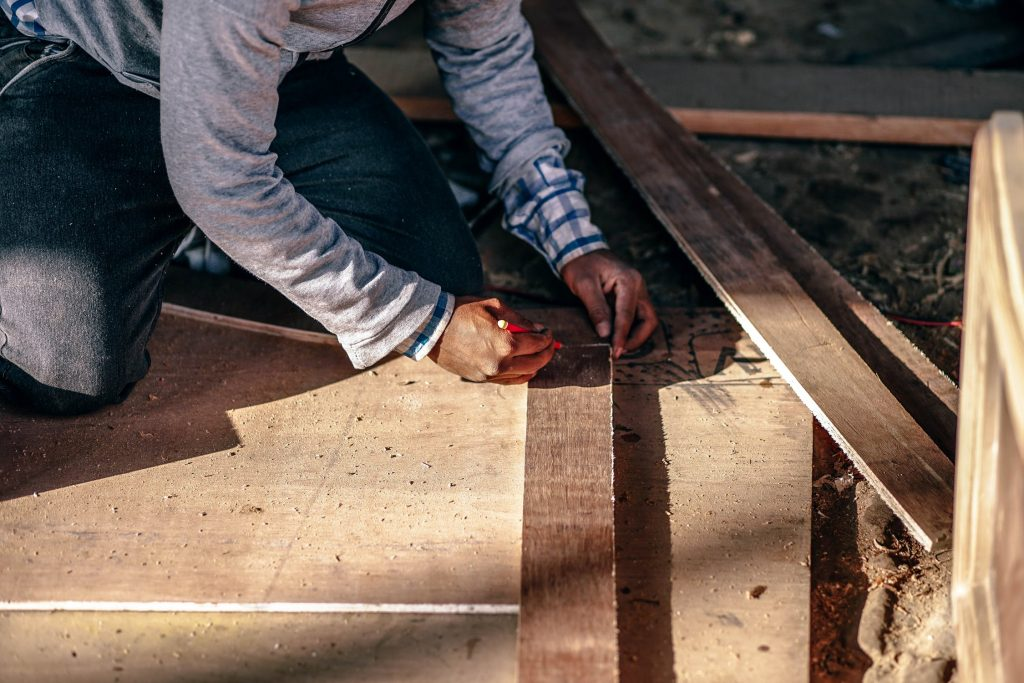 lengtes afmeten houten plaat